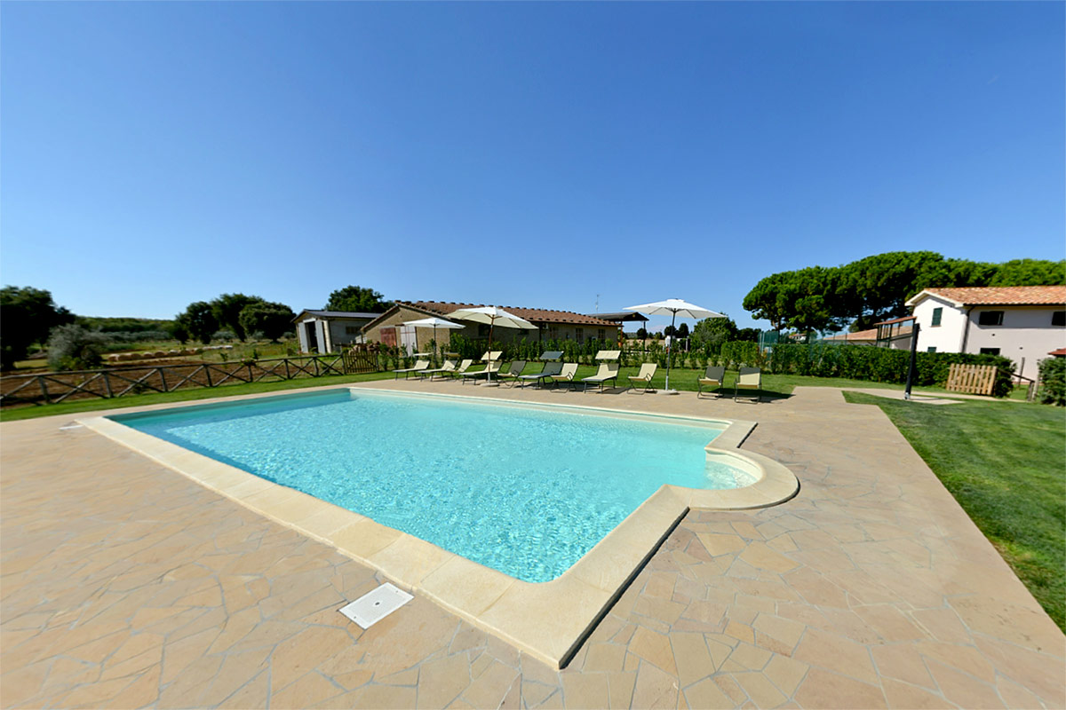 agriturismo-valle-martina-saturnia-montemerano-maremma-piscina-swimming-pool